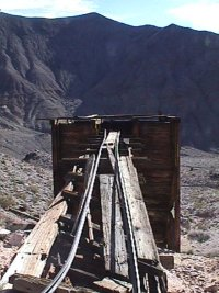 Inyo Mine, railroad tracks leading from the mine to the hopper